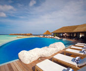 Infinity pool in Maldives resor